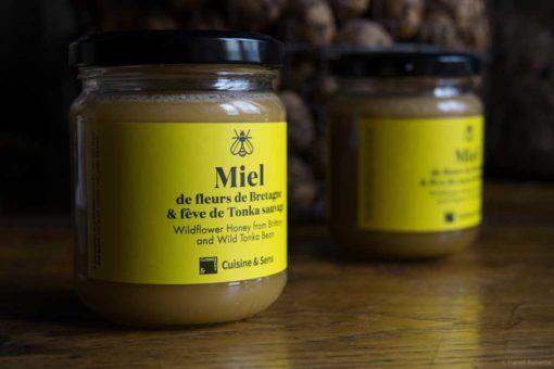 Miel de fleurs de Bretagne et fève de Tonka sauvage