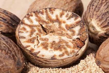 Noix muscade - huile essentielle bio pour la cuisine